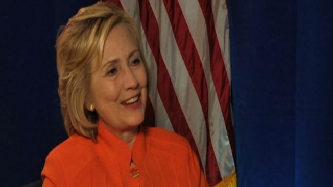 Hablamos con Clinton de inmigración y de Trump