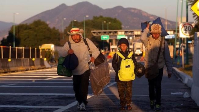 Regreso a casa: 7,000 hondureños dejan la caravana
