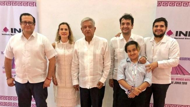Piden respeto para hijo pequeño de López Obrador