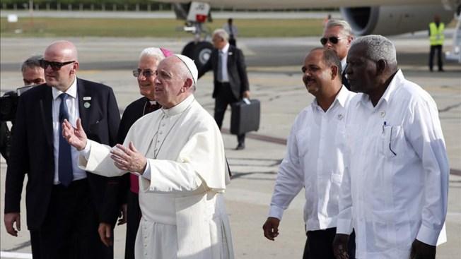 El Papa llega a Santiago de Cuba