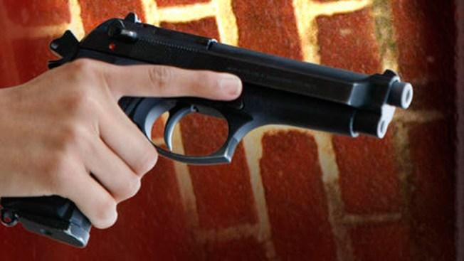 Dos tiroteos mortales en Camden