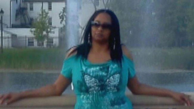 Muere mujer víctima de bala perdida