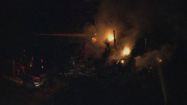 Incendio de camiones en Condado Bucks