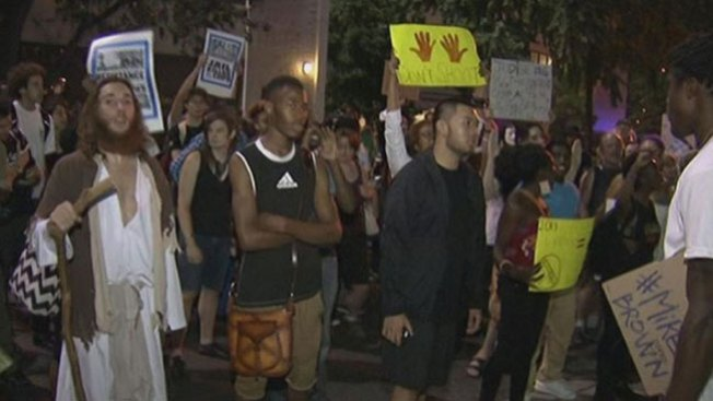 Marchan por Ferguson en Filadelfia