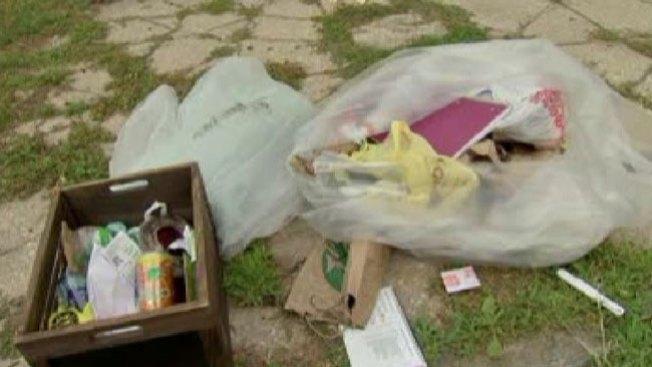 Hallan cadáver de mujer en la basura