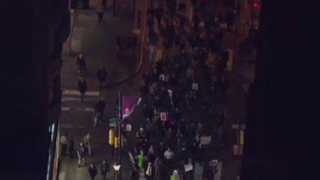 Furia de Ferguson llega a Filadelfia