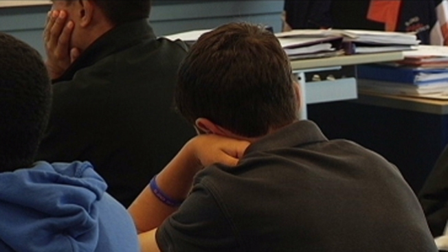 Continúa la crisis de presupuesto escolar