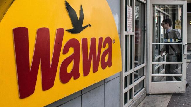 Roban tienda Wawa a punta de pistola