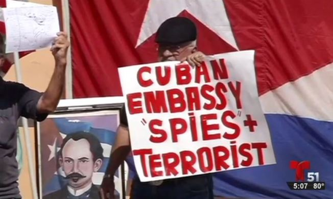 Reacciones a la reapertura de embajadas
