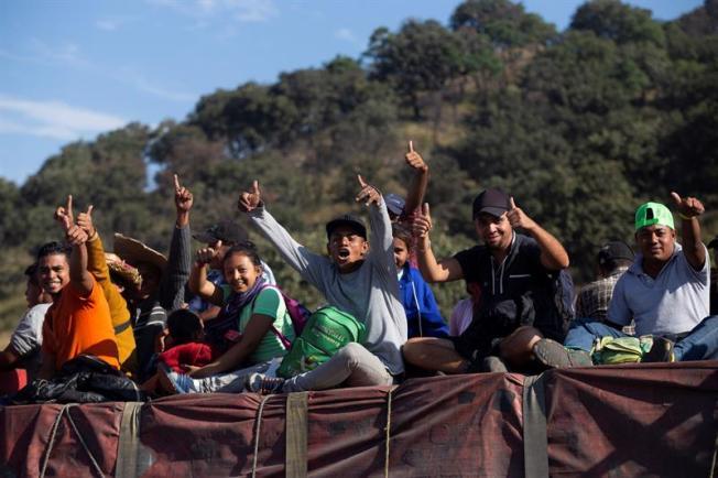 Centroamericanos son los más aceptados y rechazados para asilo en EEUU