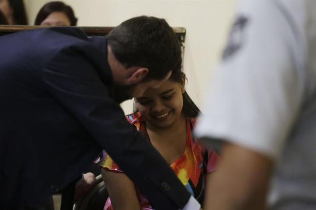 Dejan en libertad a la joven Imelda Cortez juzgada en El Salvador por abortar