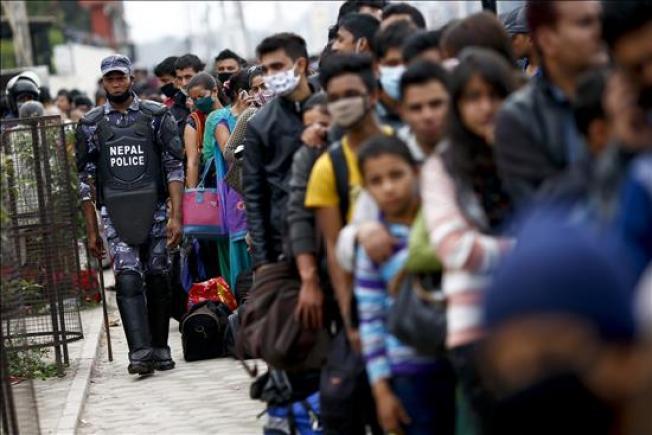 Nepal clama al mundo por ayuda