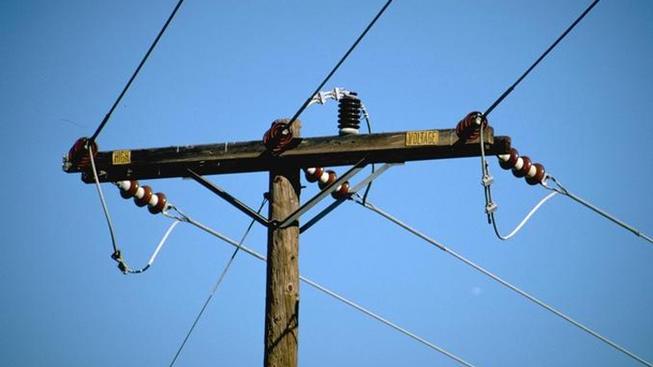 Miles sin electricidad en vecindario de Mantua