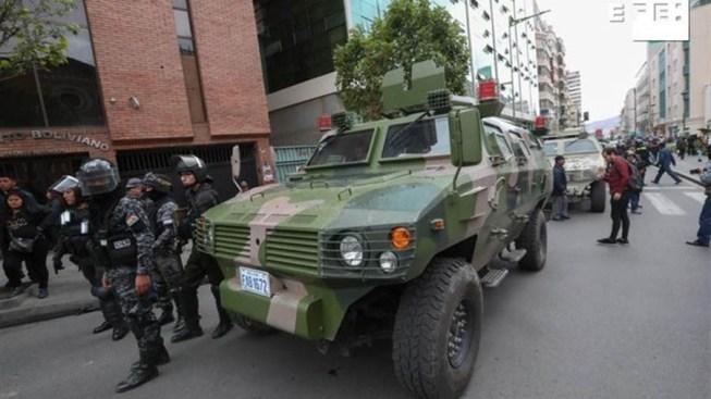 EEUU insta a ciudadanos a no viajar a Bolivia por crisis política