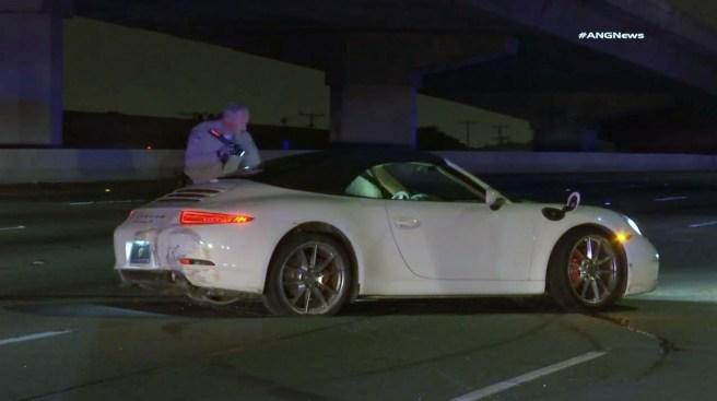 Estrella costoso Porsche tras persecución