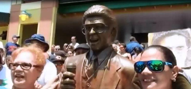 Crean estatua de Héctor Lavoe en Ponce